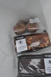 Og der blev købt honningkager.